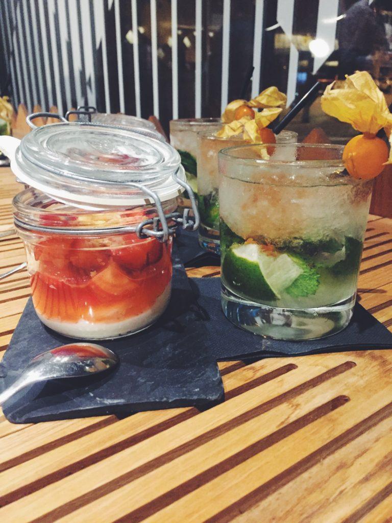 Mascarpone con frutos rojos y Mojito