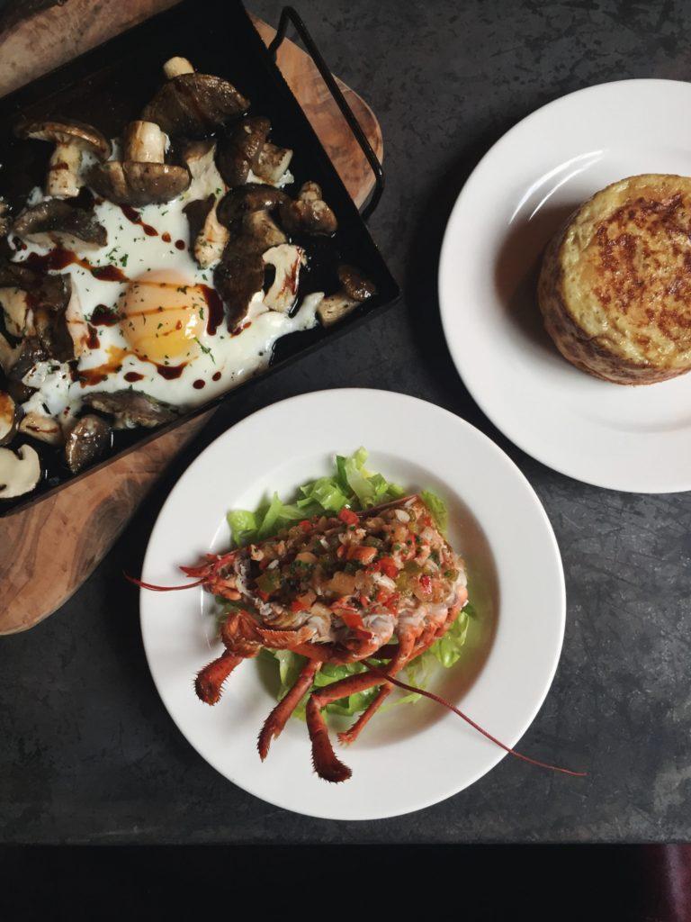 Salpicón de bogavante y Coulant de tortilla de patatas del restaurante Puerto Chico