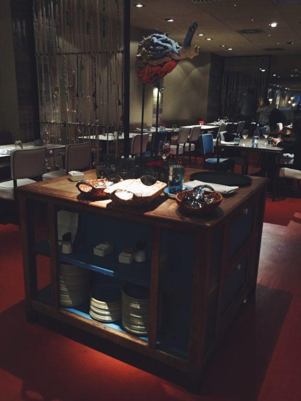 Interior del restaurante Totora